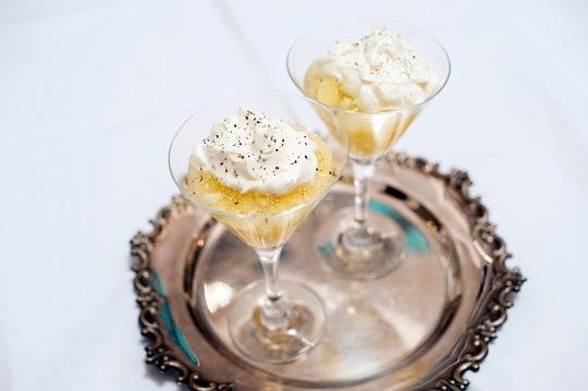 Kryddig äppelkompott med mascarponekräm